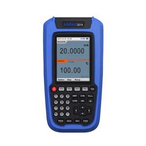 Wielofunkcyjne kalibratory sygnałów analogowych ADT221A